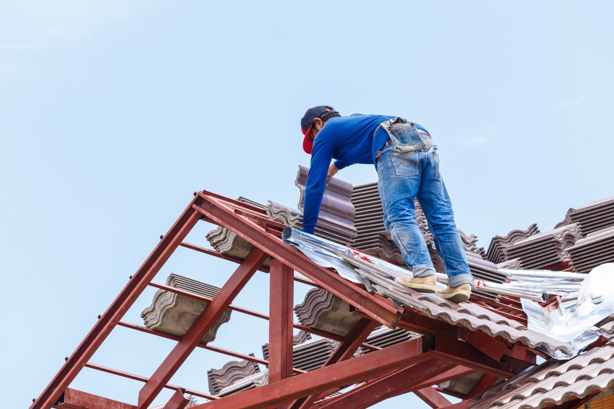 Helpful Hints to Follow When Hiring a Roofing Contractor!